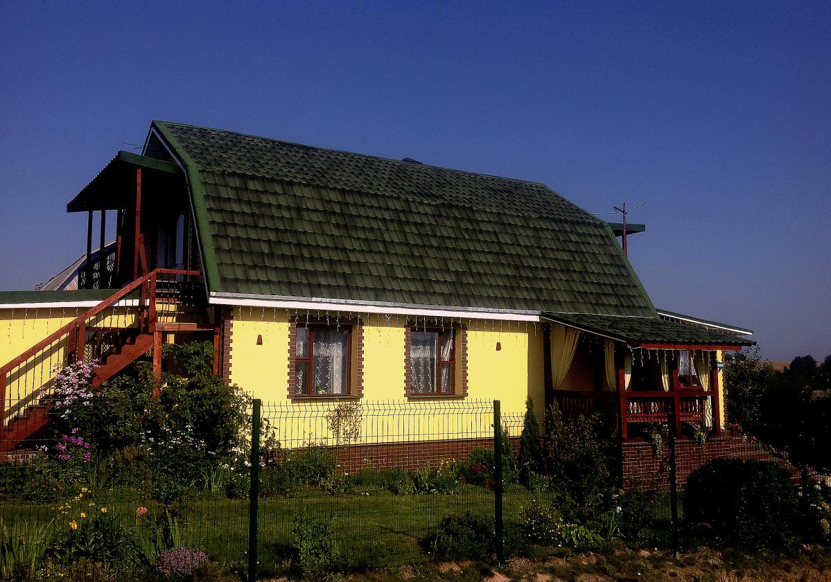 Casa residencial con ONDUVILLA® verde antique